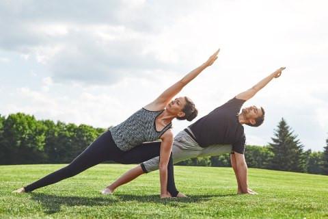 CUM SA INCEPI ZIUA BINE: 5 activitati pe care ar trebui sa le adopti ca obiceiuri de dimineata